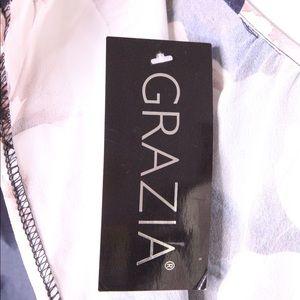 Grazia Dresses - Grazia Peony Floral Keyhole Dress Plus Size 16 NEW